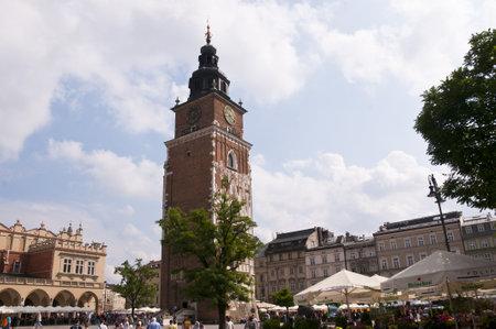 portcullis: Torre del Municipio nella Piazza del Mercato di Cracovia in Polonia