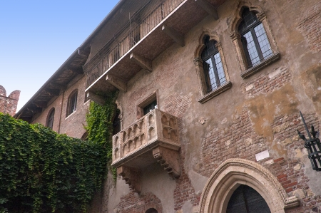 romeo and juliet: Verona is a city in Northern Italy which features in Shakespeare s tragedy Romeo and Juliet  This is supposed to be the balcony where Romeo wooed Juliet