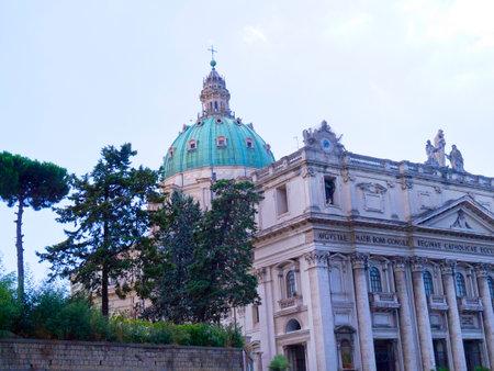buon: Basilica dell incoronata Maria del Buon Consiglio in Naples Italy