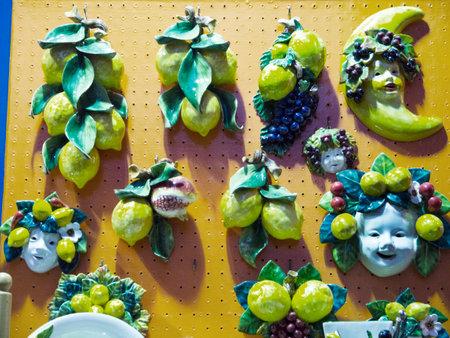 marqueteria: Cerámica Limón temática en Sorrento Italia