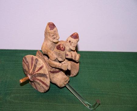 minoan: Minoan pottery figure in Museum
