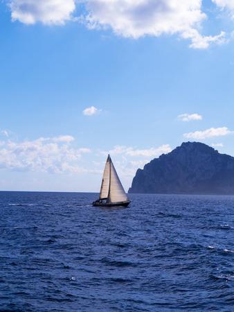 marqueteria: Cruzando la bah�a de N�poles desde Capri hasta Sorrento Italia Foto de archivo