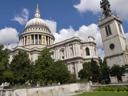 father in law: St Pauls Cathedral in London England Editorial