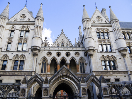 lords: The High Courts of the United Kingdom in London England Editorial