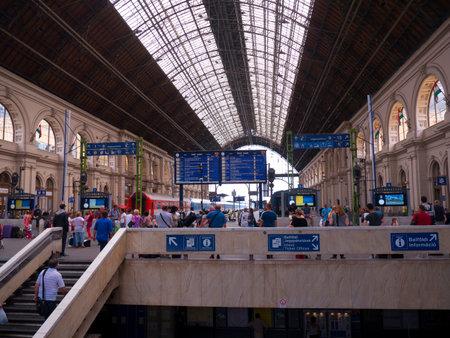 brenda kean: Main Train Station in Budapest Hungary Editorial