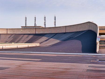 Fiat Fabbrica Rooftop Racetrack al Lingotto di Torino Italia Editoriali