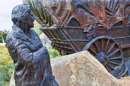 waggon: Lifesize Sculpture that marks the end of the Pioneers Santa Fe Waggon Trains in the USA