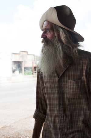 old timer: Old Timer Actor in Tombstone in Arizona where the Gunfight at the OK Corral was fought in the USA. It is called the Town too tough to die.