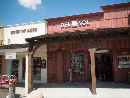 scottsdale: Shopping Street in Old Scottsdale near Phoenix Arizona USA