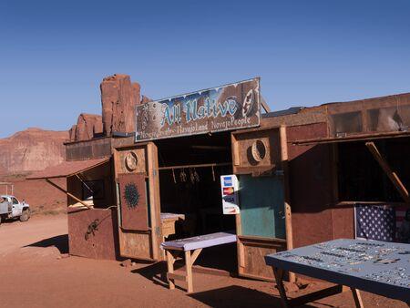 john wayne: Navajo stand selling silver and turquoise jewellery at John Ford Point in Monument Valley Arizona USA