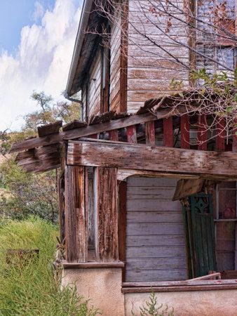 brenda kean: Ramshackle House in Madrid New Mexico USA