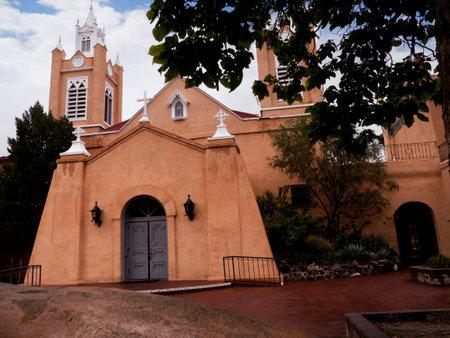 뉴 멕시코 주 앨버 커키에있는 San Felipe de Neri 교회