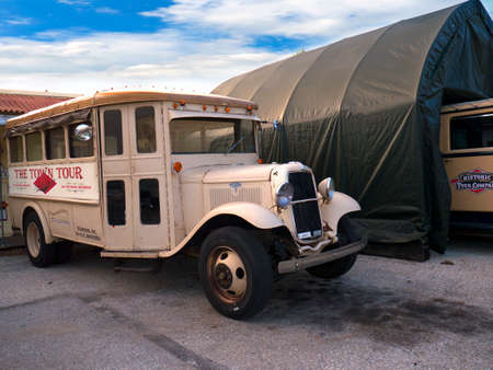 gettysburg: Old Tour vehicle in the town of Gettysburg Pennsylvania USA