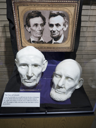 abraham lincoln: Death Mask of Abraham Lincoln in Bardstown Kentucky USA