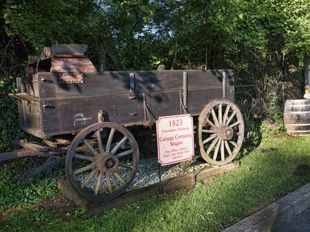 brenda kean: Antique cart in car park of hotel in Bardstown Kentucky USA