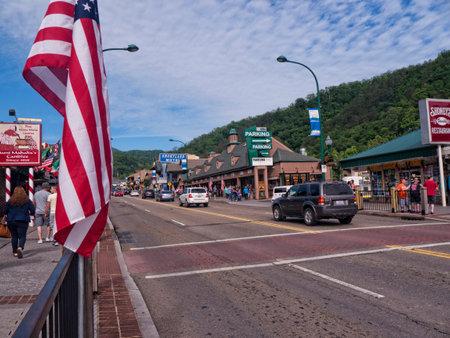 tennesse: La calle principal en Gatlinburg Tennessee EE.UU.