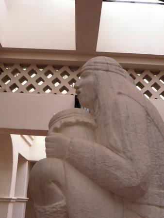 hopi: Statue in Park in Phoenix Arizona USA
