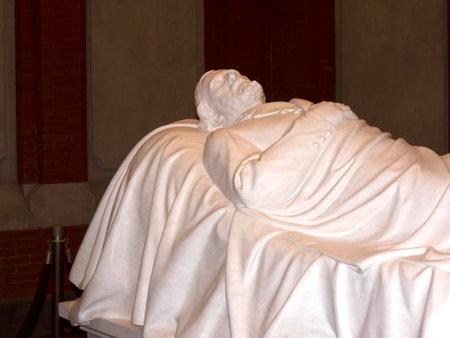 robert: Marble Tomb of Robert E. Lee in Lexington Virginia USA