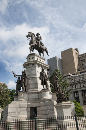 george washington statue: George Washington Memorial Statue in Washington USA