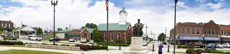 voted: Bardstown Kentucky the town In 2012 was voted as the Most Beautiful Small Town in America