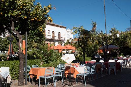 Plaza de Los Naranjas en el casco antiguo del estilista de Marbella en la Costa del Sol España Foto de archivo - 49415829
