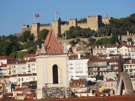 vistas: View over Lisbon to the Castle of Sao Jorge in Portugal