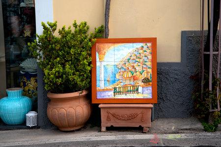 marquetry: Positano, en la bah�a de Salerno en Italia meridional de Campania Editorial