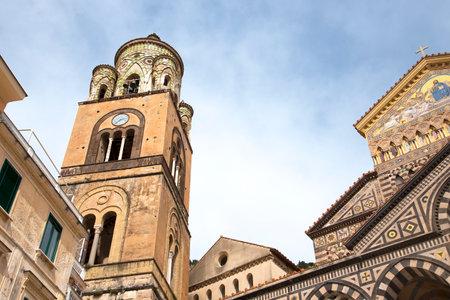marqueteria: Amalfi en la Bah�a de Salerno en Italia meridional de Campania