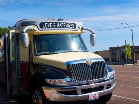 elvis presley: Transport around Graceland Home of Elvis Presley in Memphis Tennessee USA