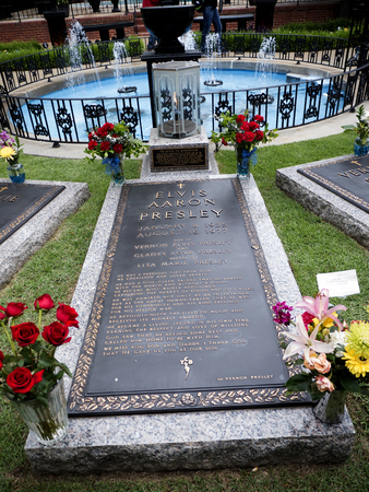 elvis presley: Elvis Presley died at the estate on August 16, 1977. Presley, and along with his parents Gladys and Vernon Presley, and his grandmother, are buried there in what is called the Meditation Garden