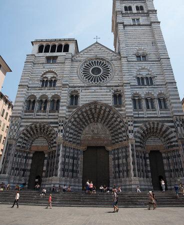 lorenzo: Cathedral of San Lorenzo in Genoa Italy Editorial