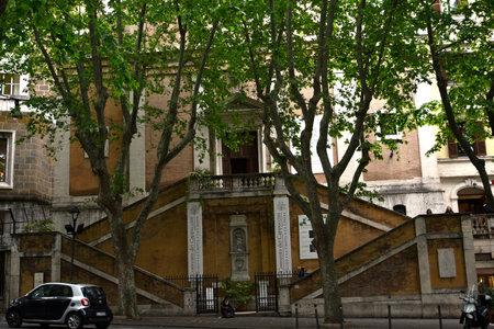 カプサンの教会、ローマのヴェネト。地下室で 300 以上の修道僧のミイラがあります。