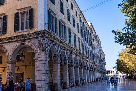 The Liston Arcade en Corfu Town Grecia