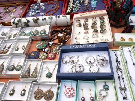 Flea market items on the Market at the Feria Ground in Fuengirola on the Costa del Sol Spain Foto de archivo - 104406103