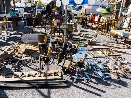 Items on the weekly flea Market in Fuengirola Stock Photo - 120450818