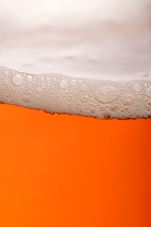 bitter: pint of beer, bitter, lager with bubbles
