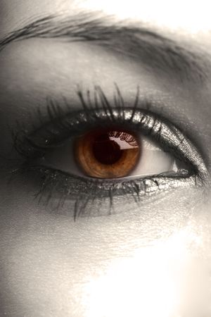 hazel eye, selective coloring