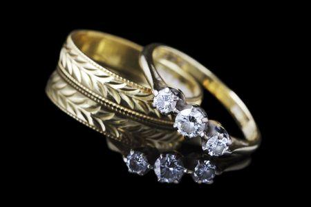 sanctity: nozze d'oro e anello di fidanzamento