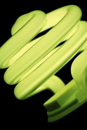 ahorro energia: ahorro de energ�a bombilla fluorescente compacta. Foto de archivo