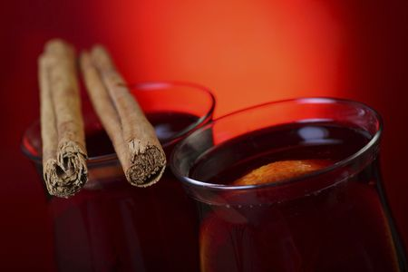 mulled: mulled wine with cinnamon stick and orange