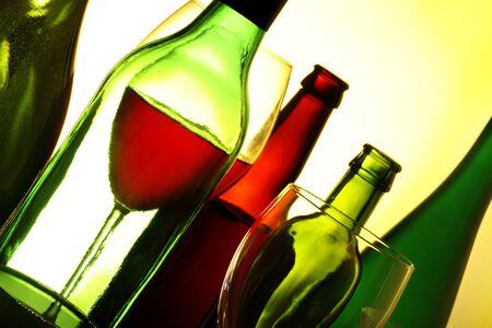 variedad de bebidas alcoh�licas en un bar Foto de archivo - 8347474