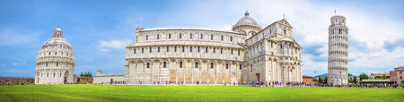 piazza dei miracoli: Leaning Tower of Pisa and the Pisa Cathedral in Piazza dei Miracoli, Pisa, Italy Stock Photo