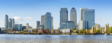 london skyline: Canary Wharf view from Greenwich. This view includes: Credit Suisse, Morgan Stanley, HSBC Group Head Office, Canary Wharf Tower, Citigroup Centre, One Churchill PlaceBarclays and Riverside apartment. Stock Photo