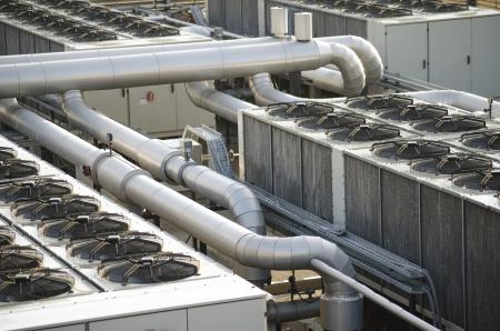 Sistema industriale di raffreddamento ad aria Archivio Fotografico - 22779411