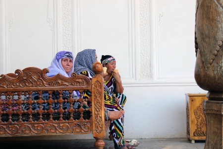 uzbek: Uzbek pilgrimage to Khiva