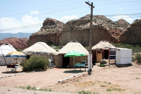 kyrgyzstan: Kirguist�n campamento de yurtas