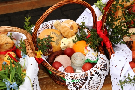 polish chicken: Traditional Easter basket with food in Polish countryside