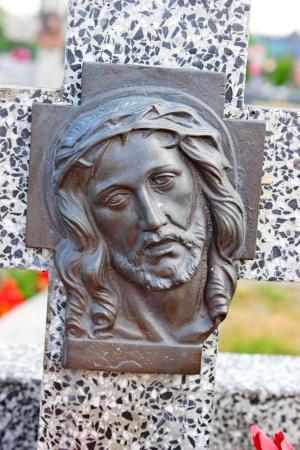 jesus face: face of Jesus, sculpture in cemetery