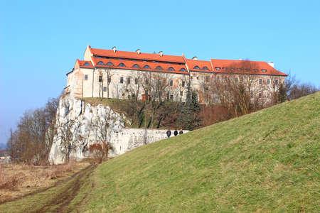 benedictine: Monasterio benedictino en Tyniec cerca de Cracovia, Polonia