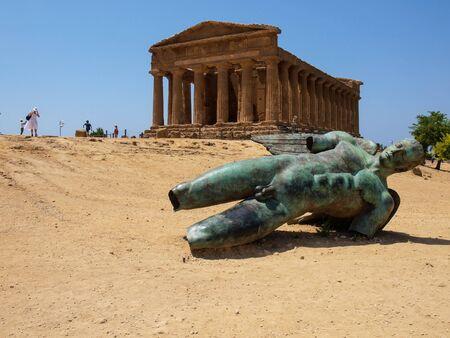 agrigento: Agrigento temple and Mitoraj sculpture, Sicily